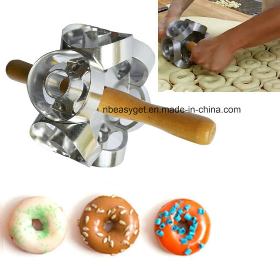 Rollving Heavy Duty Metal Donut Cutter Mold Home Baking ESG10156