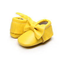 Baby shoes with girl's bow embroidered soft sole ESG10364